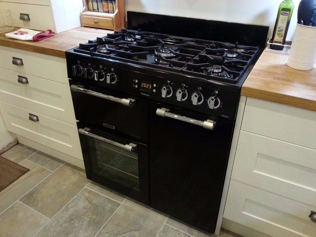 Leisure Cookmaster 90cm Dual Fuel Range Cooker - Very little use, Excellent Condition