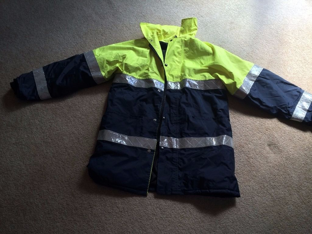 HI-VIS Work Safety visibility lined jacket. Size Medium. Excellent condition.