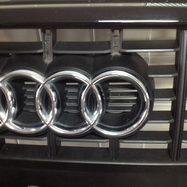 AUDI S3 BLACK FRONT GRILLE WITH BADGES (2007)