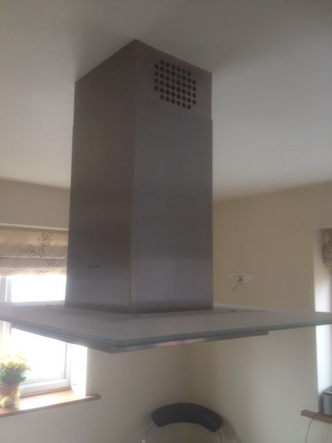 Hotpoint Stainless Steel + Glass Island Cooker Hood