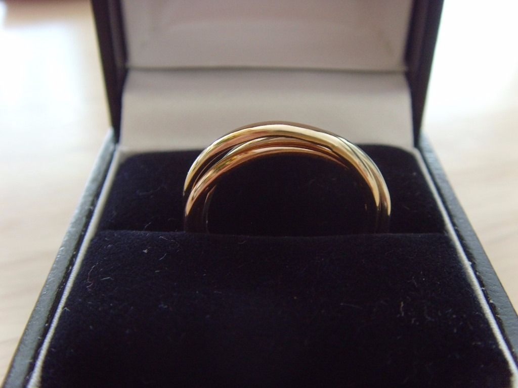 9ct Russian wedding ring. Hallmarked. Size M