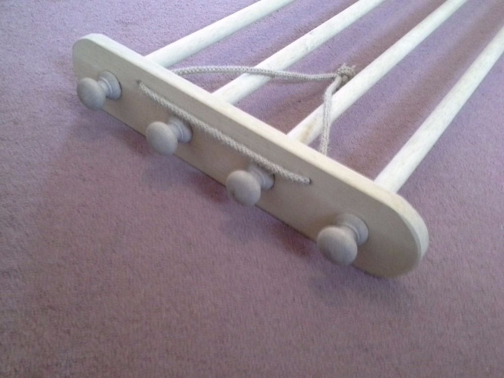 Wooden pan/laundry hanging rail, need to sell.