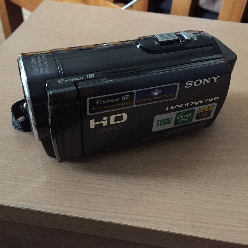 Sony HDR-CX110E FULL HD 1080X1920 60FPS (TouchScreen)
