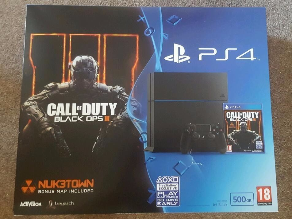 PS4 (2 CONTROLLERS, ORIGINAL BOX AND PACKAGING, HEADSET, PERFECT CONDITION)