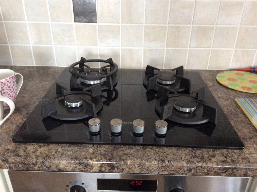 4 ring ceramic gas hob 1 year old facility for wok