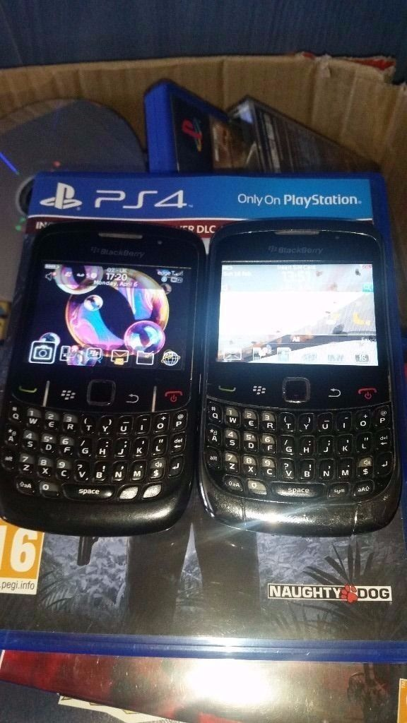 2 blackberrys for sale / will sell together or will split