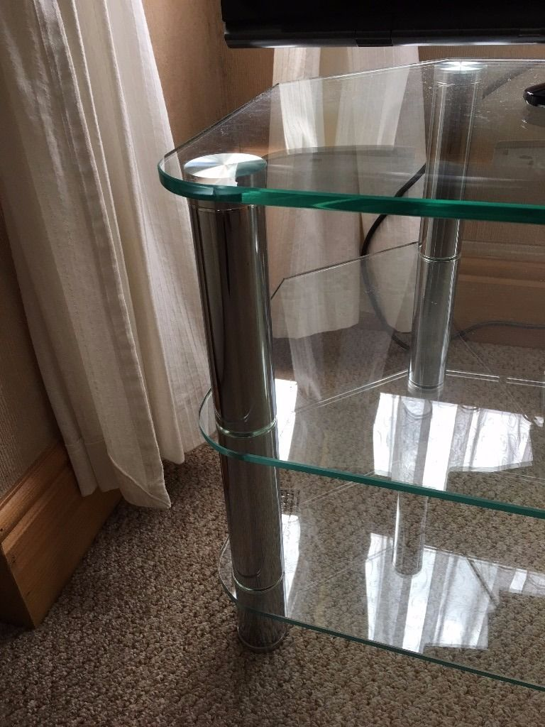 FANTASTIC 3 Tier Clear Glass Television Stand