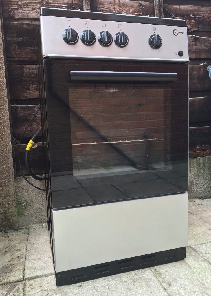Flavel FSBG51S Gas Cooker in Silver   Good condition