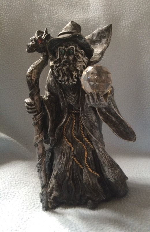 Wizard - Dye Cast Figure