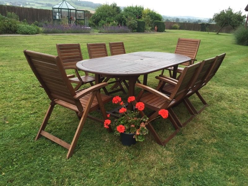 PATIO OUTSIDE SOLID TEAK WOOD TABLE 6 CHAIRS 2 CARVERS