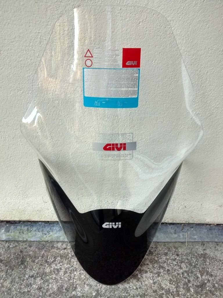 GIVI screen for 2015/16 Honda PCX