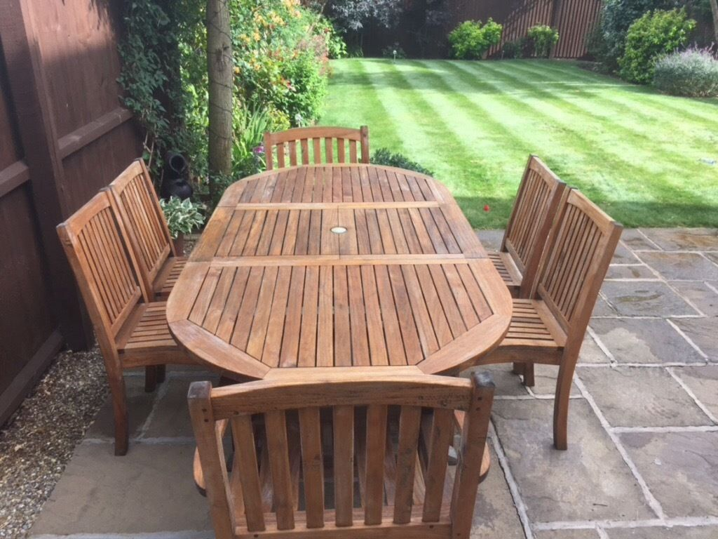 TEAK Hardwood GARDEN TABLE and 6 CHAIRS