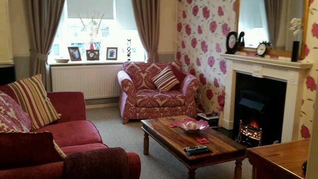 2 bedroom semi wanting 1or 2 bed flat in clifton area