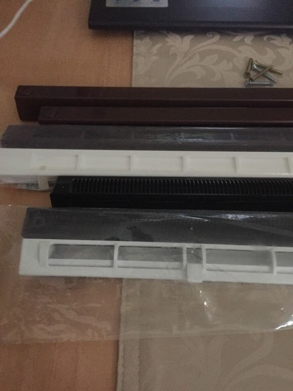 Window Vents inner and outer, brand new, grab a bargain. Need gone asap