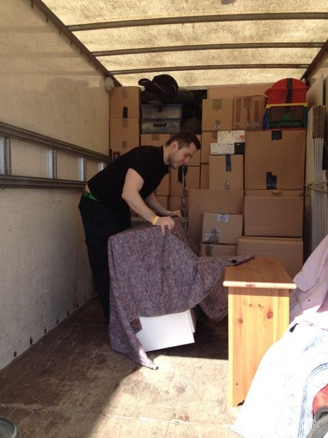 Simple, affordable and stressless MAN AND VAN and REMOVAL SERVICE
