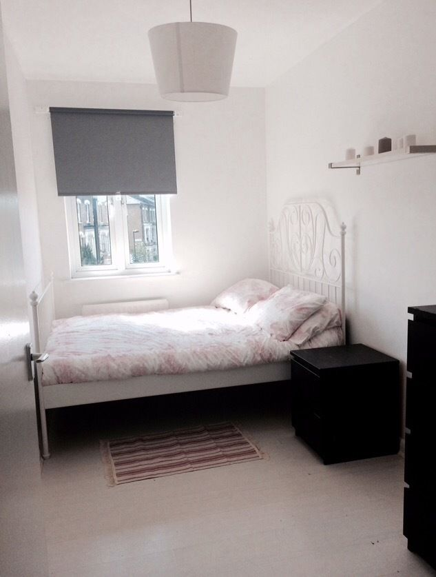 Double Room in Brixton Close to Station