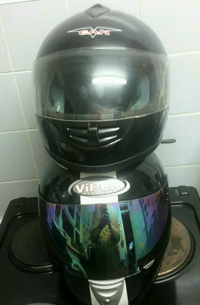 Motorcycle/Scooter helmets X2 XL
