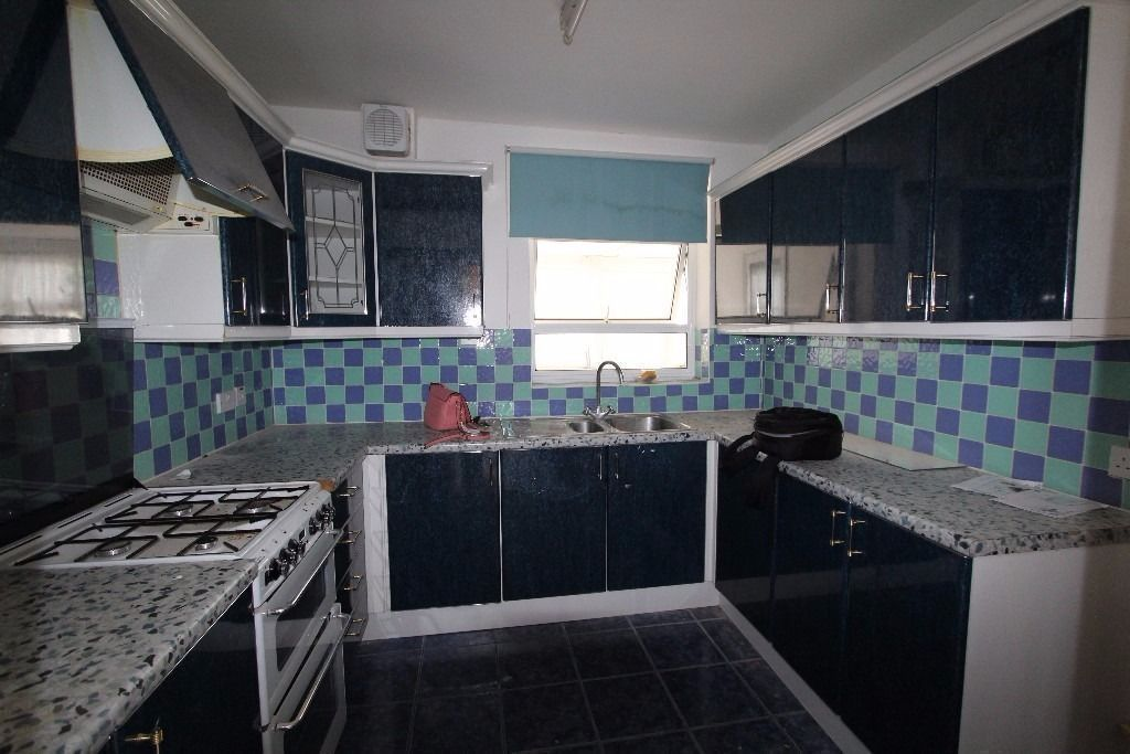 Lovely cheap room ! minutes from station! NEW REFURBISHED PROPERTY!