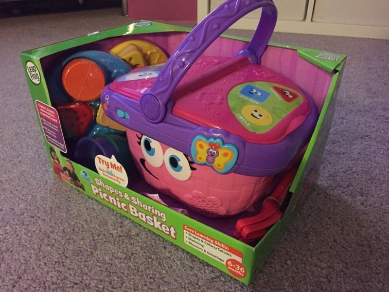 Leapfrog shapes and sharing picnic basket child's toy