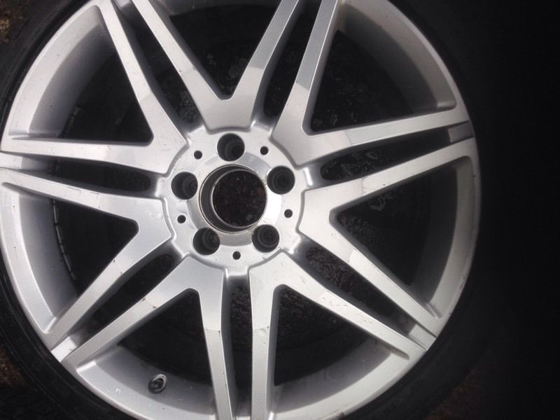 2 winter tyres plus 1 AMG alloy with winter tyre
