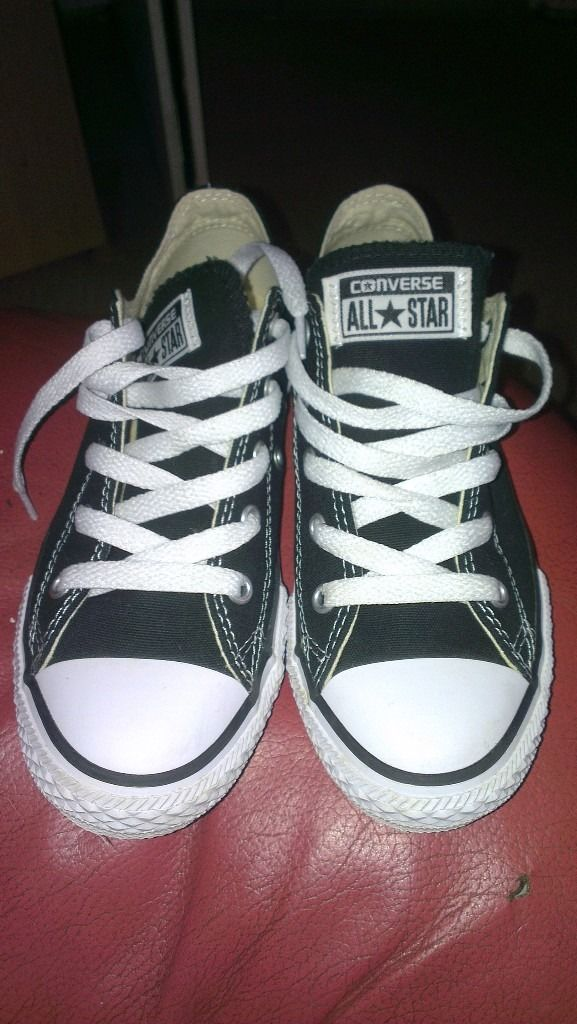 Pair of new Converse Size 1.5 , but no box