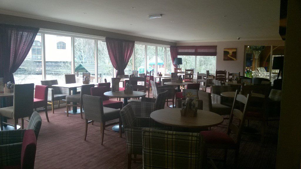 Live in Bar Staff, Chefs & KPs required at Popular Perthshrie Holiday Park