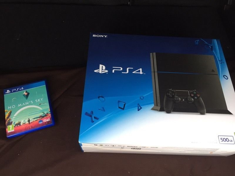 PS4 plus No Man Sky bundle (bought 12/08/16, played once only, perfect condition)
