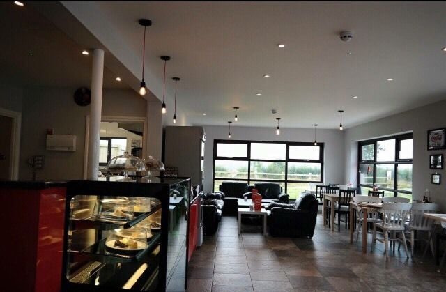 Urgent! Head Chef and Waiting Staff Needed!