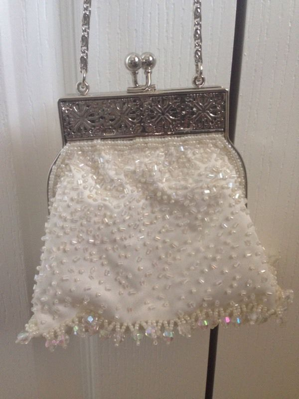 Vintage style ivory beaded bag