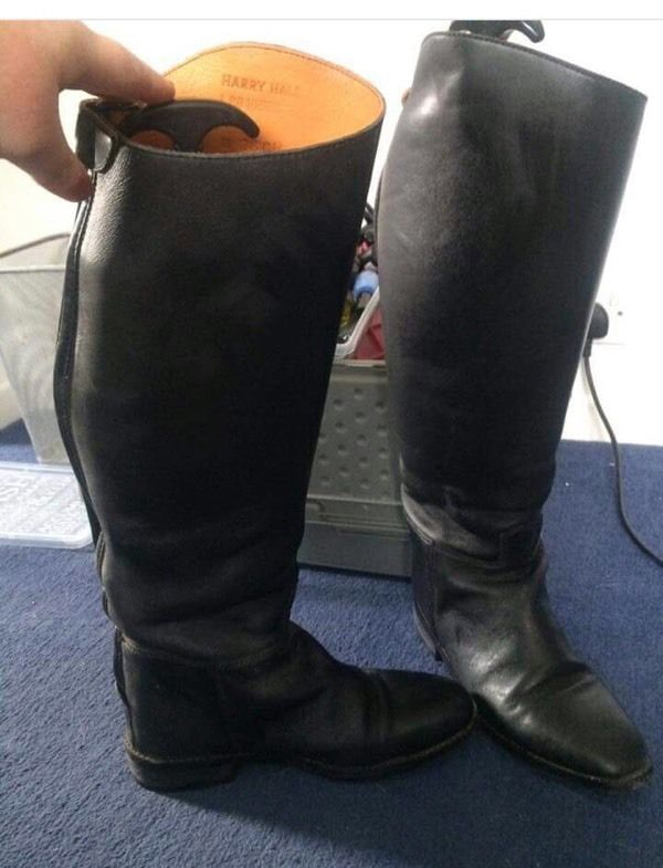 Long riding boots