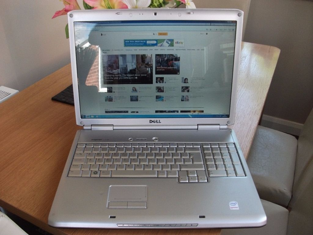 DELL INSPIRON 17 INCH GAMING LAPTOP RUNNING WINDOWS 7 IN MINT CONDITION BARGAIN