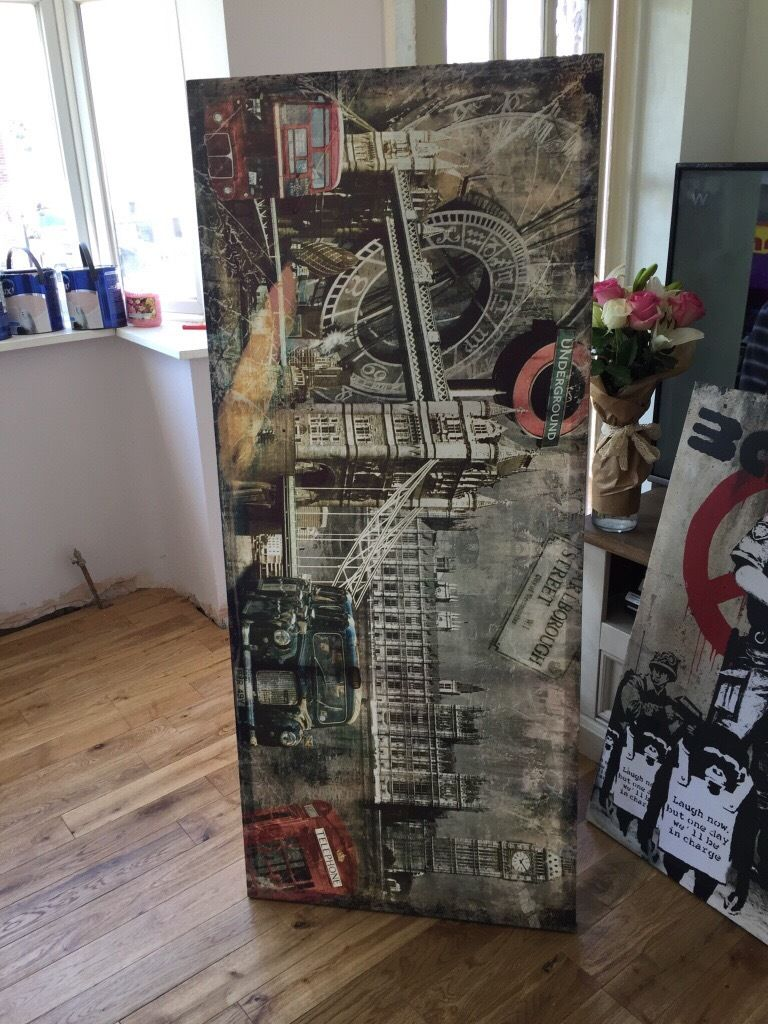 Banks and London canvas