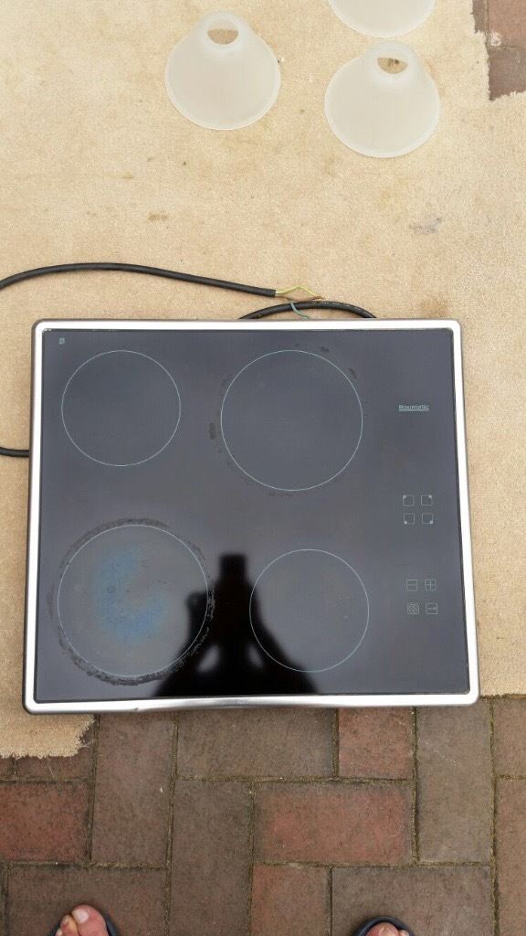 Baumatic Touch Control Ceramic Hob