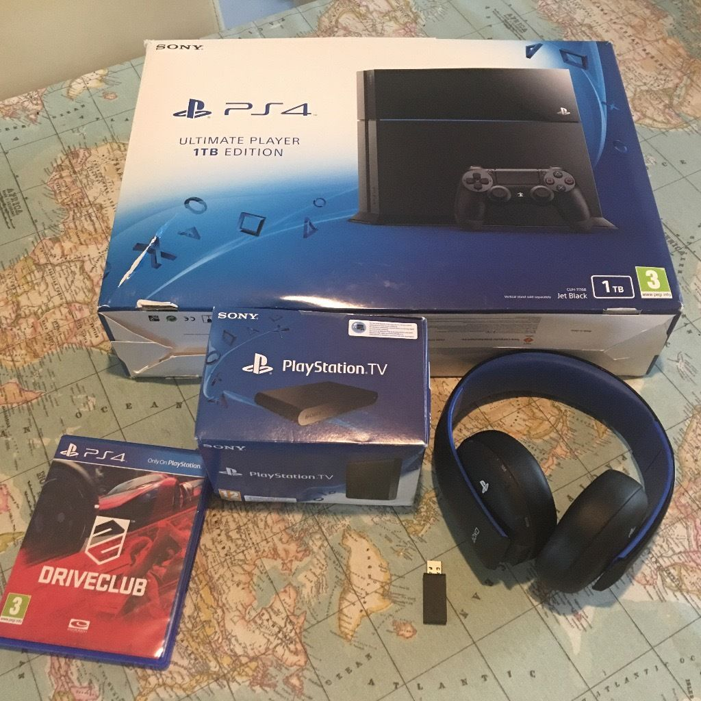 PS4 1TB Wireless Headset Playstation TV + 2 controllers & game