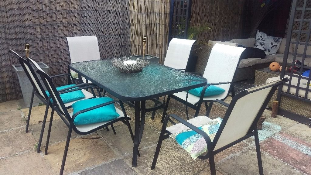 Garden glass table and chairs set