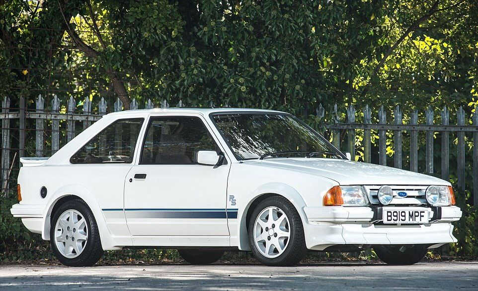 Looking for Series 1 Escort rs turbo or RS 1600i, Cash waiting