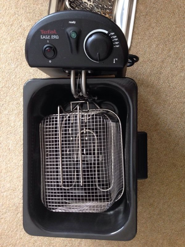 deep fat fryer - NEVER been used