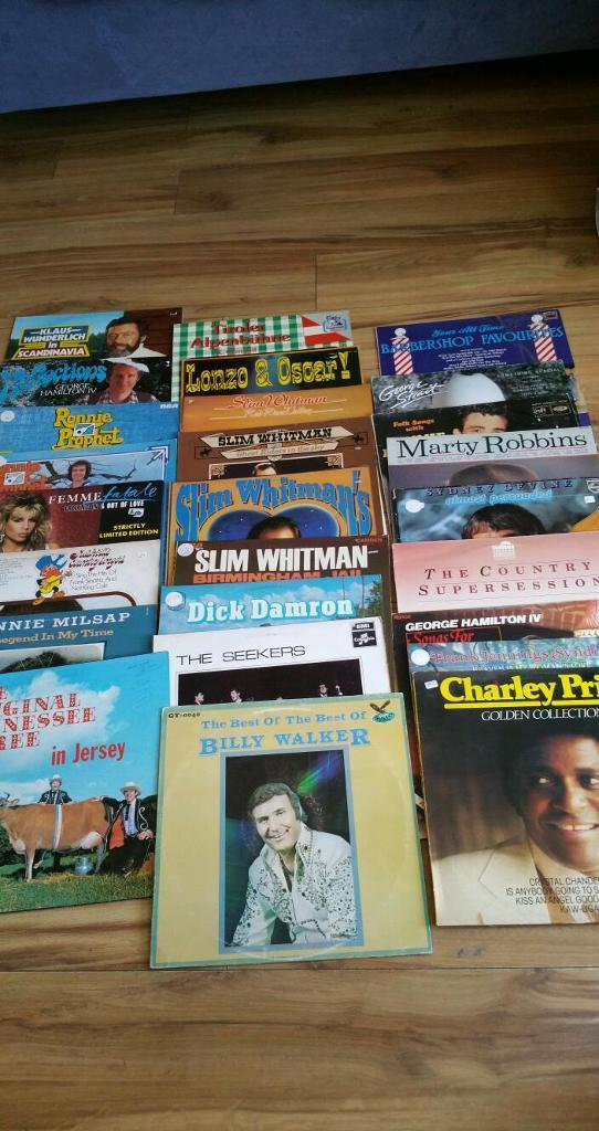 26 vinyl lps mostly country