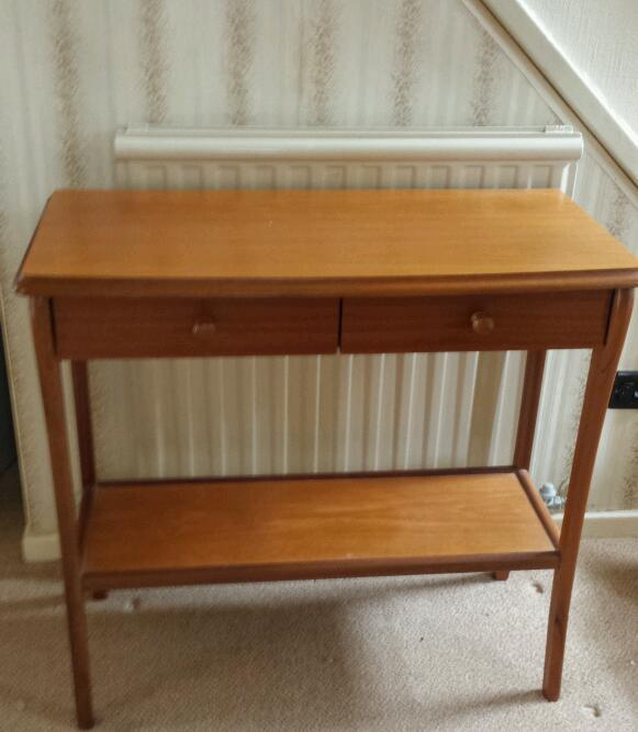 Hall table in very good condition