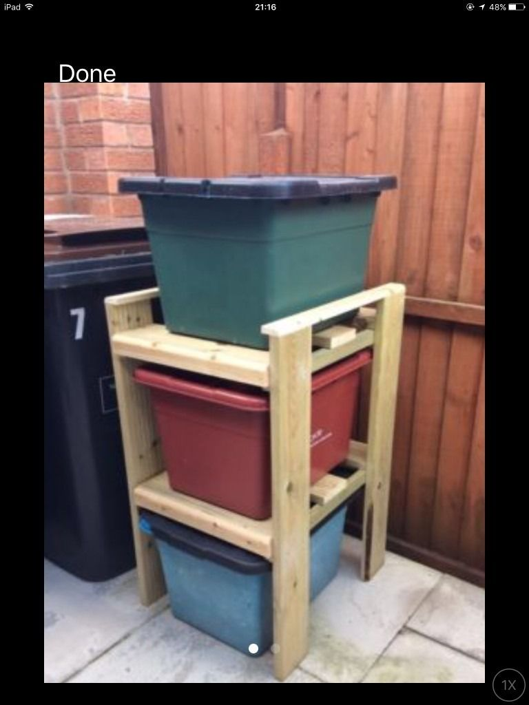 recycling bin storage rack