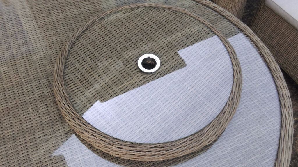 BRAMBLECREST OAKRIDGE QUALITY WICKER, WATERPROOF, ROTATING LAZY SUSAN, 60CM