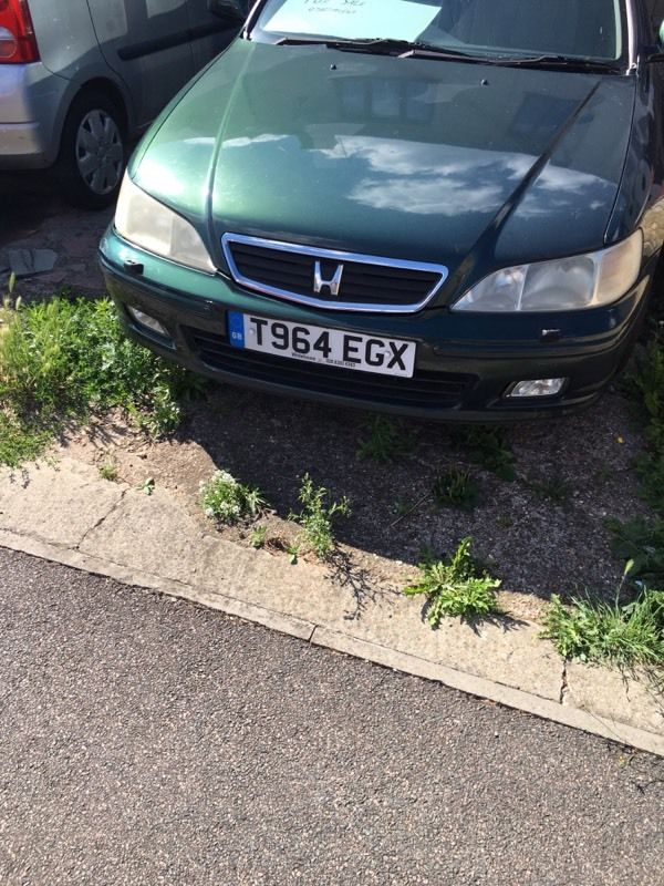 Cheap car Honda Accord 2.0se low mileage for swap