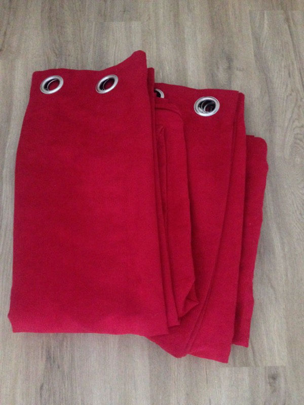 Ring top Deep red velvet curtains
