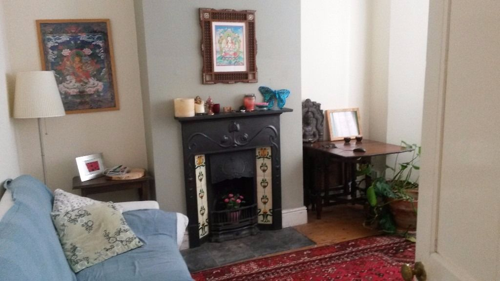 DOUBLE BEDROOM in a beautiful Victorian house-ALL BILLS INCLUSIVE