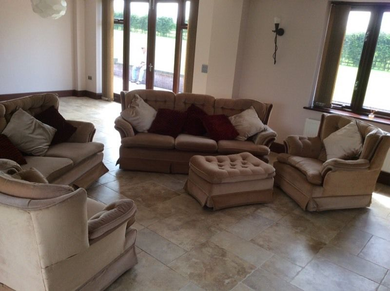 2&3seater settees 2armchairs poofee