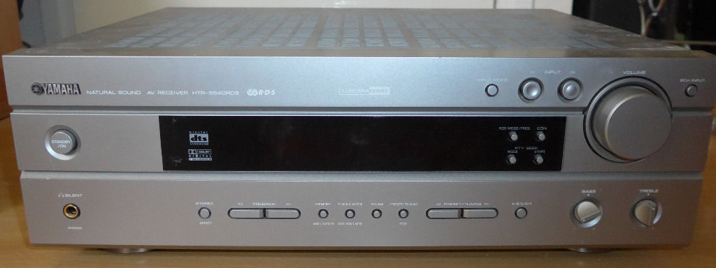 Yamaha amplifier with remote & 5.1 surround speakers