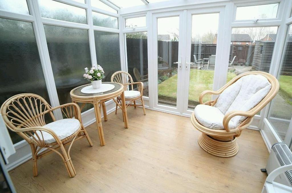 Conservatory furniture immaculate condition
