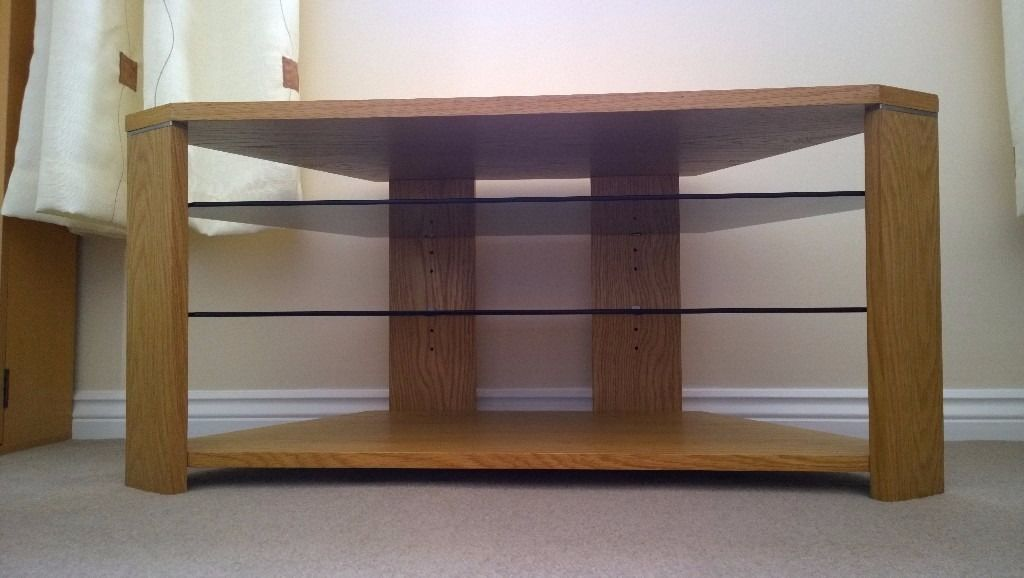 Optimum Edge 1000 Open TV Stand (Natural Oak) - Excellent Condition