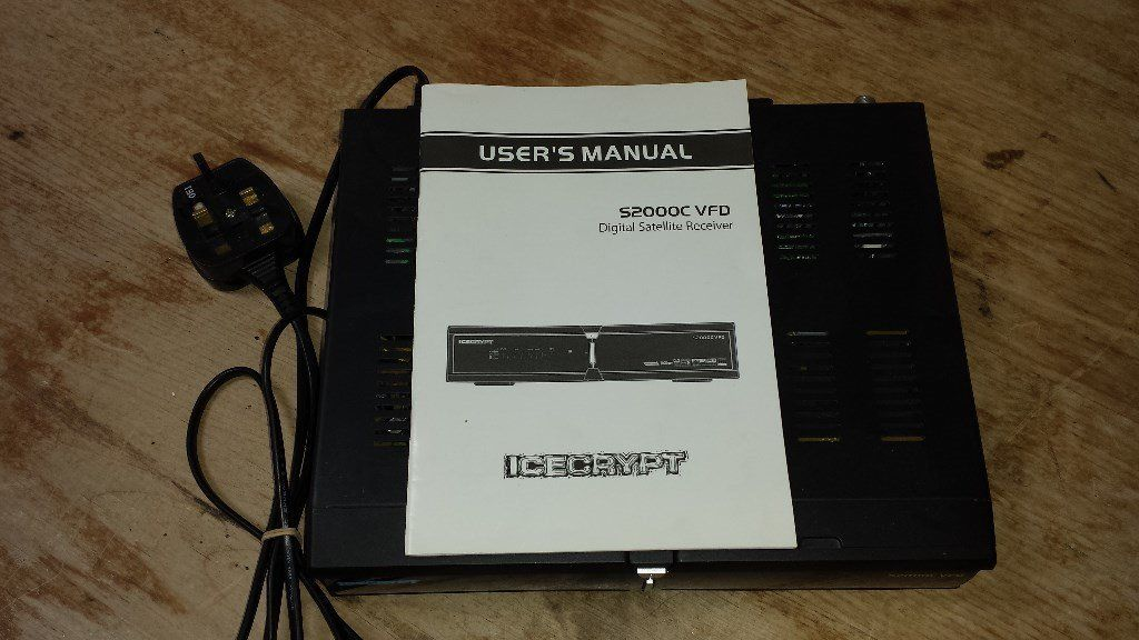 Panasonic AV Control Receiver SA-XR70 with Instruction Manual.