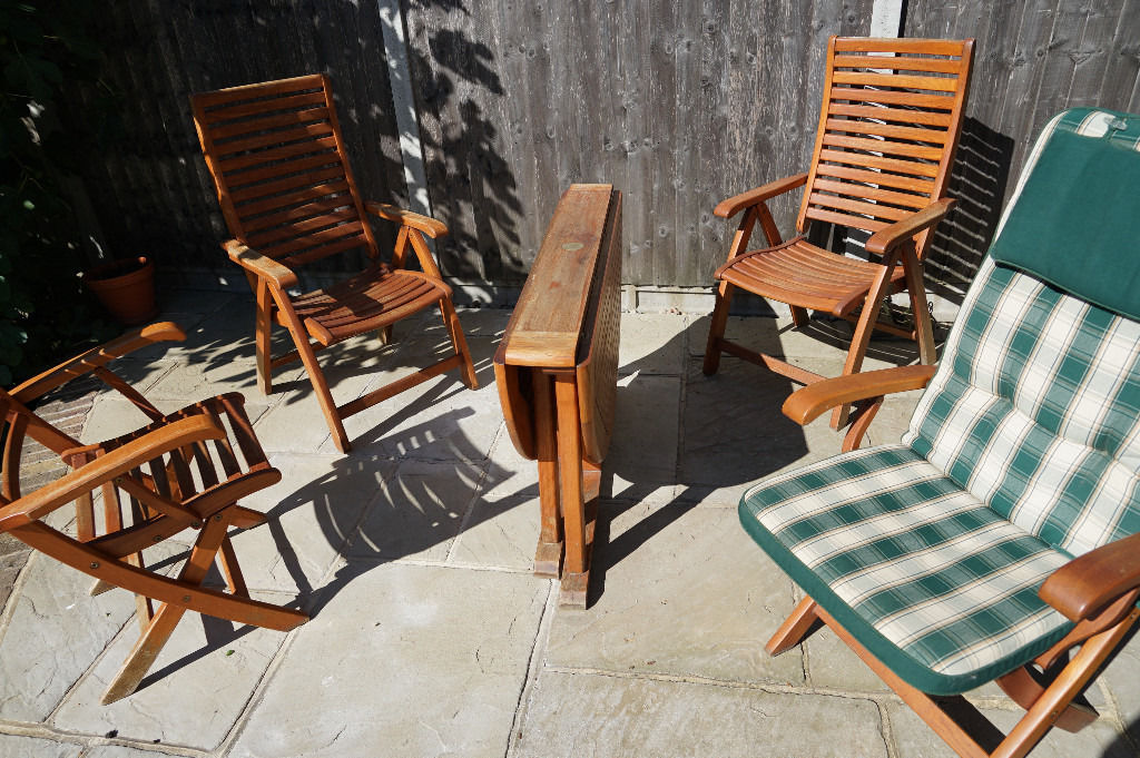 Swan Teak Garden Furniture Round Folding Table, Four Chairs, and Parasol